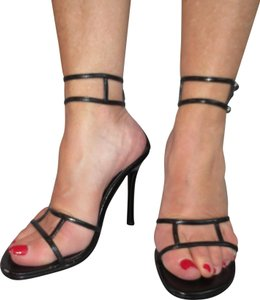 Bakers Sexy Strap Ankle Heel Buckle black Sandals