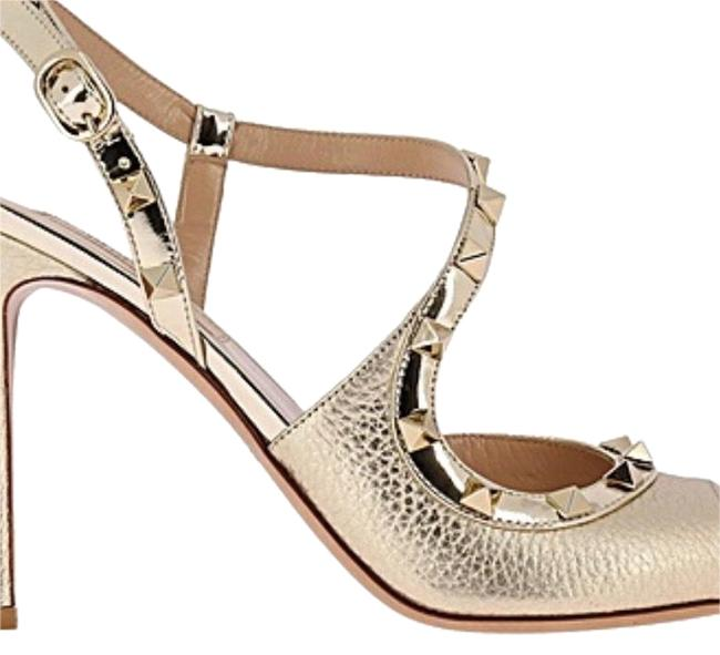 Item - Gold Code: Pw0s0h05 Rgc Brand: Main Color: Materials: Leather Detailed Composition: Other Fibers Heel: Formal Shoes Size EU 38 (Approx. US 8) Regular (M, B)
