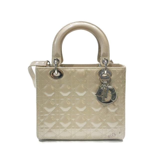 Item - Lady Christian Medium Shimmer Beige Patent Leather Tote