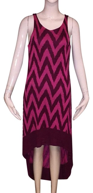 Item - Wine and Pink Mid-length Short Casual Dress Size 2 (XS)