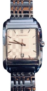 Burberry Women's' Burberry Nova Checked Stainless Steel Bracelet Watch with Date