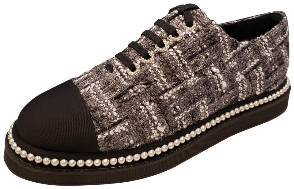 af1e531eb892 Chanel Grey White Black 17k Tweed Pearl Lace Up Cap Toe Oxford Flats ...