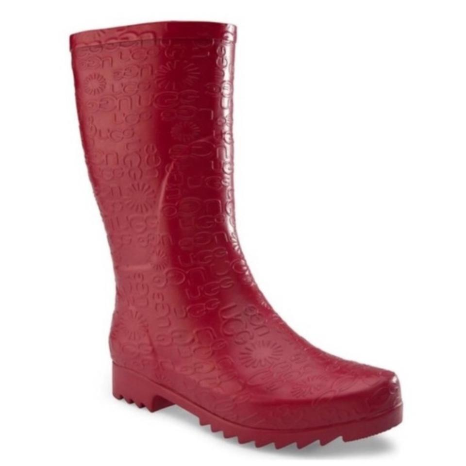 UGG Australia Red Wilshire Logo Short Boots Booties Size US 5 ... ee8f25951cd9