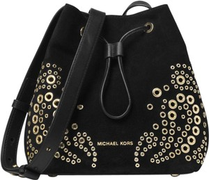 acf721d93f Black Michael Kors Cross Body Bags - Up to 90% off at Tradesy
