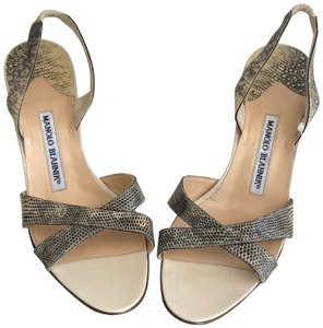 2c84ea7b427f Beige Manolo Blahnik Sandals - Up to 90% off at Tradesy
