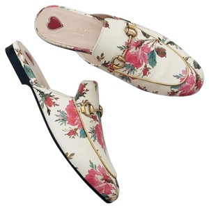 fe0bdc5a941 Gucci floral leather Mules. Gucci Floral Leather Princetown Slippers Mules Slides  Size EU 38 (Approx. US 8) ...