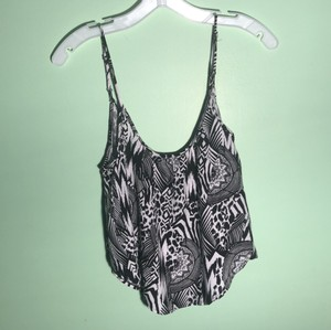 54b570afb89 Black Rue 21 Tops - Up to 70% off a Tradesy