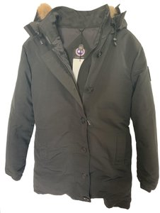 Canada Goose On Sale Up To 70 Off At Tradesy