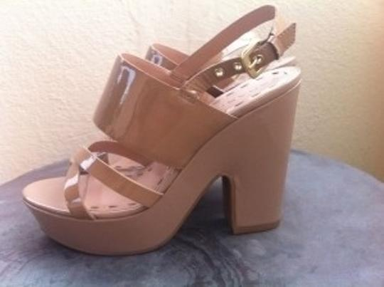Elie Tahari Tan Wedges