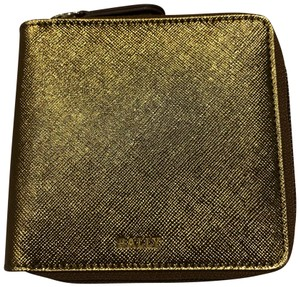 af9a56334d3 Bally Wallets - Up to 70% off at Tradesy (Page 2)