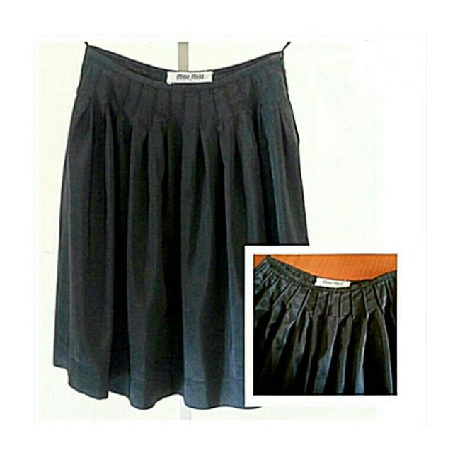 Item - Black Dirndle with Pleats On Top Skirt Size 4 (S, 27)
