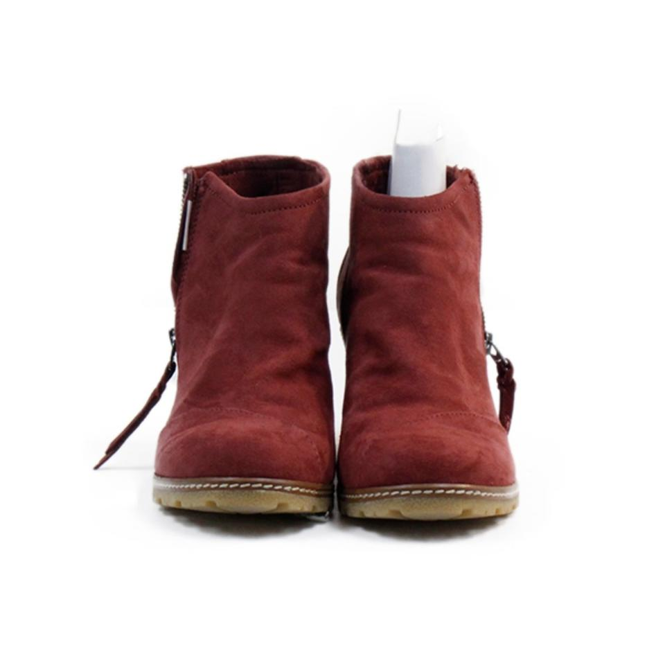 9995ff961d2 TOMS Oxblood Avery Crepe Wedge Boo Boots Booties. Size  US 8 Regular ...