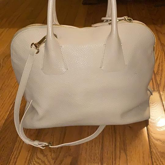 Burberry Leather Grainy Bowling Satchel in nude, beige Image 2