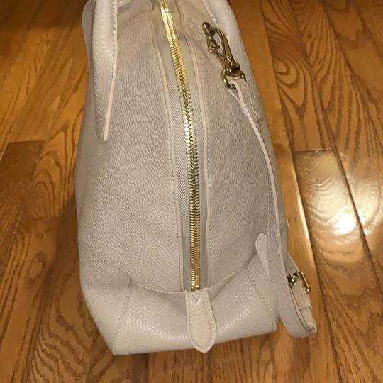 Burberry Leather Grainy Bowling Satchel in nude, beige Image 3