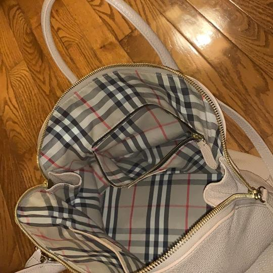 Burberry Leather Grainy Bowling Satchel in nude, beige Image 7