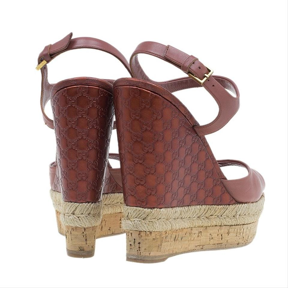 270f3bbd53be Gucci Pink Guccissima Leather and Cork Sandals Wedges Size EU 36 (Approx.  US 6) Regular (M