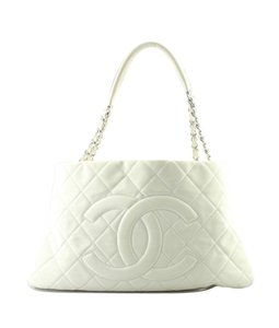 Chanel Leather Pre-owned Silver-tone Adult Tote in Cream