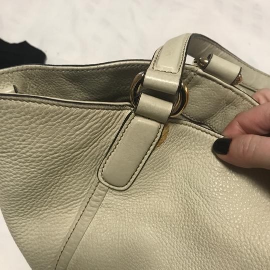 Gucci Satchel in cream/ivory Image 5