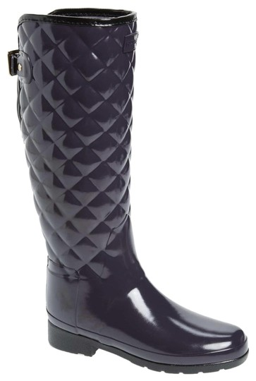 Preload https://img-static.tradesy.com/item/24716416/hunter-black-refined-high-gloss-quilted-waterproof-rain-bootsbooties-size-us-8-regular-m-b-0-1-540-540.jpg