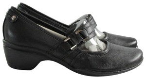 Hush Puppies Leather Comfortable Padded Studded Silver Hardware Black Pumps