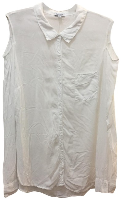 Preload https://img-static.tradesy.com/item/24717567/splendid-white-cold-shoulder-button-down-top-size-12-l-0-1-650-650.jpg