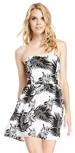 BB Dakota short dress Black an White on Tradesy