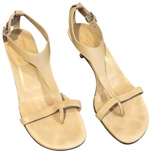 Donald J. Pliner nude Pumps