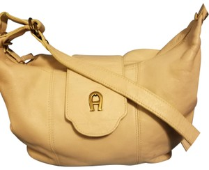 20e521c7d591 Beige Etienne Aigner Bags - Up to 90% off at Tradesy