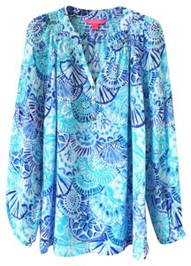 Lilly Pulitzer Mermaid Cove Elsa Top Turquoise Oasis Half Shell