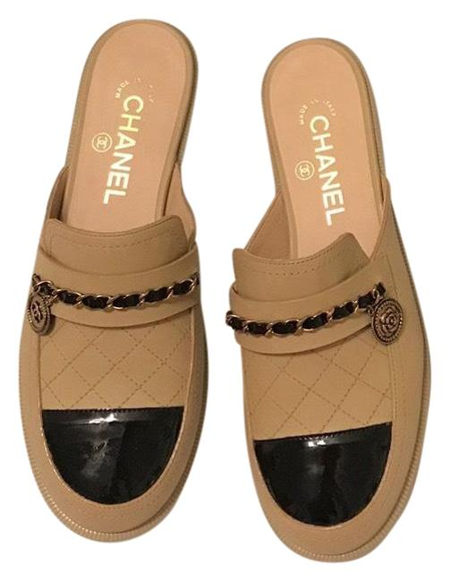 Item - Beige and Black Loafer Flats Size EU 37.5 (Approx. US 7.5) Regular (M, B)
