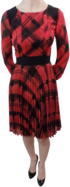 Item - Red/Black Mid-length Formal Dress Size 2 (XS)