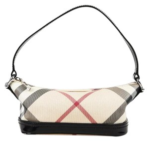 Burberry Bags - Up to 90% off at Tradesy ead6657909