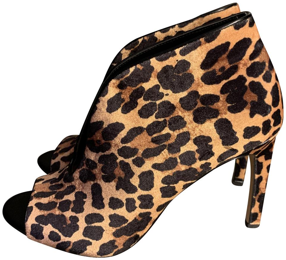 908655be65 Jessica Simpson Leopard Print Ankle Boots/Booties Size US 9 Regular ...