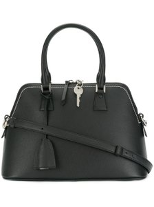 Maison Margiela 5ac Satchel Medium 5ac Tote in Black Drummed Convertible