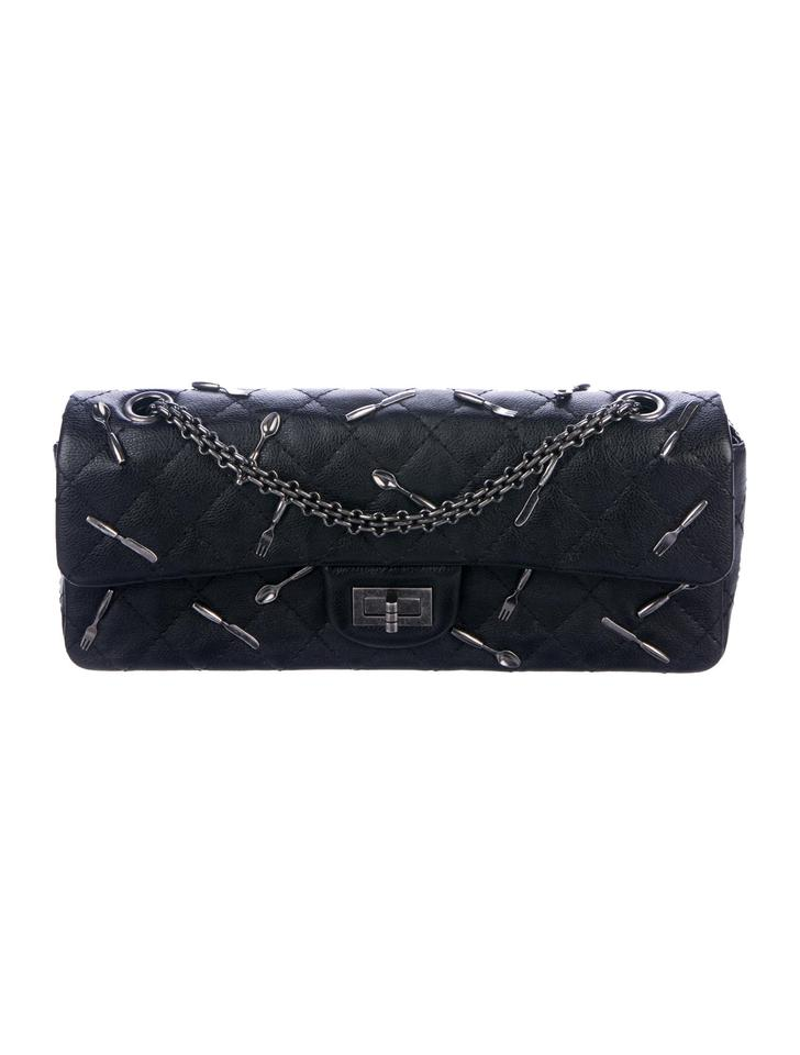 e863a67ea566 Chanel Spoon Charms Rare Limited Edition East West Cross Body Bag Image 0  ...