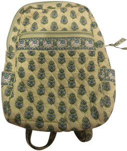 eae7f2d389 Vera Bradley Backpacks on Sale - Up to 70% off at Tradesy