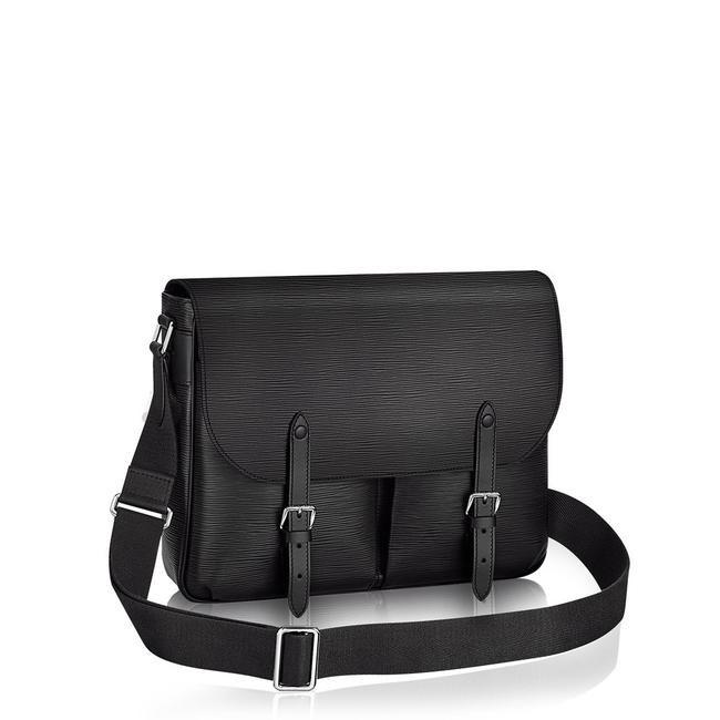Item - Christopher M58834 Black Epi Leather Messenger Bag