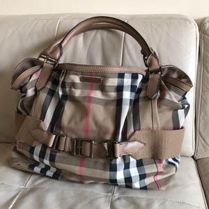 86972be060 Burberry Prorsum Bags - Up to 90% off at Tradesy