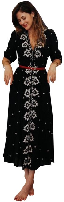 Preload https://img-static.tradesy.com/item/24725958/free-people-black-floral-embroidered-fable-midi-seen-on-blogger-emica-penklis-26423715-long-casual-m-0-1-650-650.jpg