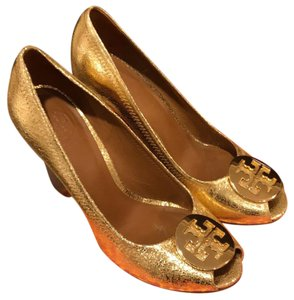 Tory Burch Gold Pumps