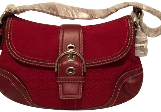 Preload https://img-static.tradesy.com/item/24727051/coach-signature-red-canvas-hobo-bag-0-1-540-540.jpg