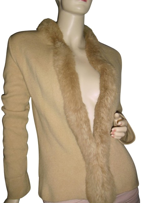 Preload https://img-static.tradesy.com/item/24727538/champagne-beige-knitted-w-angora-hair-open-front-cardigan-size-os-0-1-650-650.jpg