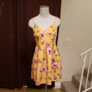 Soprano short dress Yellow with different color flowering on Tradesy