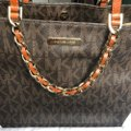 MICHAEL Michael Kors Tote in brown and gold Image 3