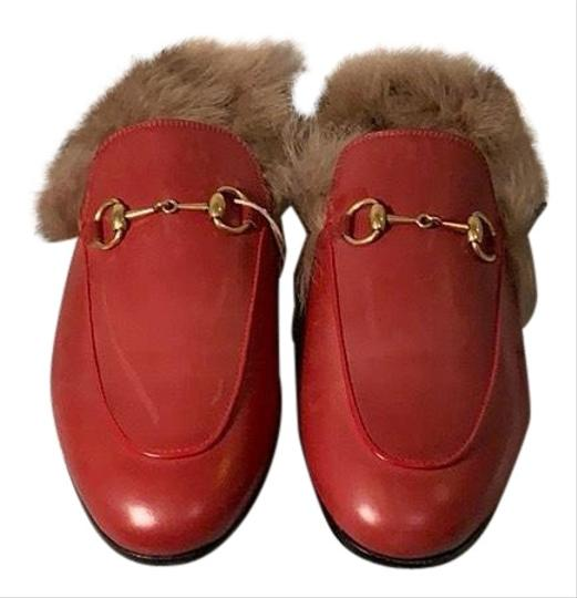 Preload https://img-static.tradesy.com/item/24728194/gucci-hibiscus-red-princetown-leather-fur-mulesslides-size-eu-39-approx-us-9-narrow-aa-n-0-1-540-540.jpg