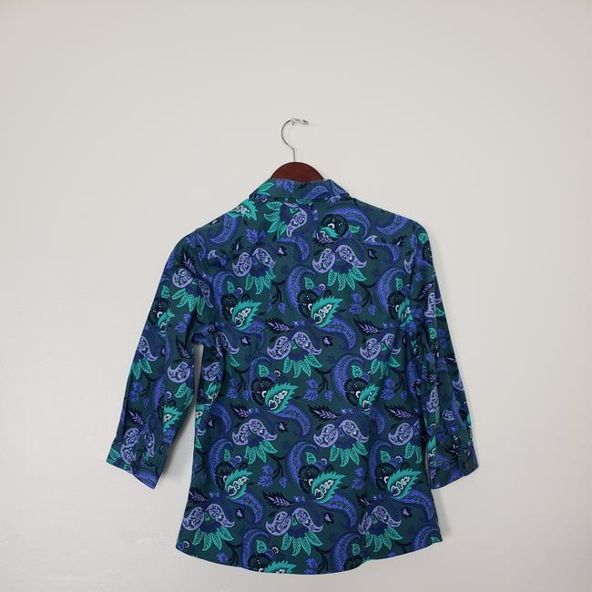 Preload https://img-static.tradesy.com/item/24728292/lands-end-34-sleeves-button-down-top-size-10-m-0-0-650-650.jpg