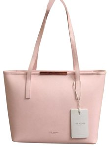e5656951368e2 Ted Baker London Shopper Rose Gold Hardware Matching Wristlet Tote in Pink