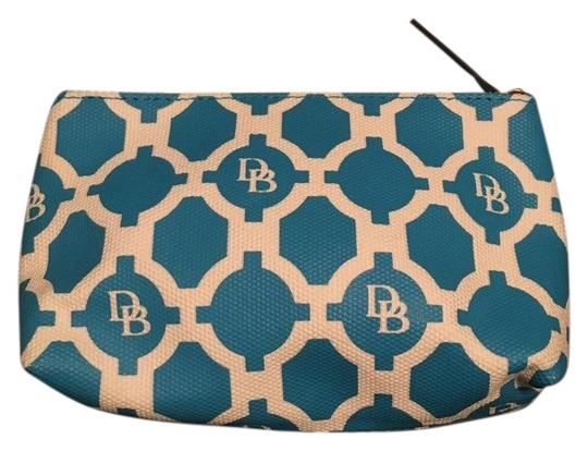 Preload https://img-static.tradesy.com/item/24728710/dooney-and-bourke-turquoise-white-logo-whitecosmetic-pouch-gwp6s-cosmetic-bag-0-1-540-540.jpg