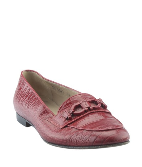 Preload https://img-static.tradesy.com/item/24728858/salvatore-ferragamo-red-crocodile-loafersx-164386-flats-size-us-65-regular-m-b-0-0-540-540.jpg