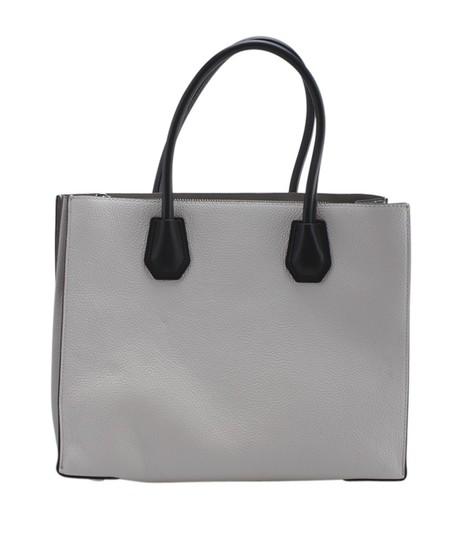 Michael Kors Leather Silver-tone Adult Tote in White Image 4